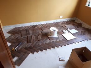 v4 wood block flooring